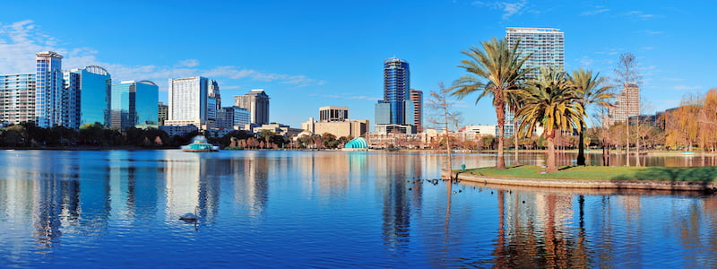 A landscape of Orlando, Florida from lake eola
